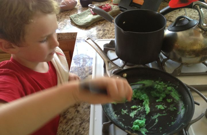 Wordless Wednesday: How To Make Green Eggs