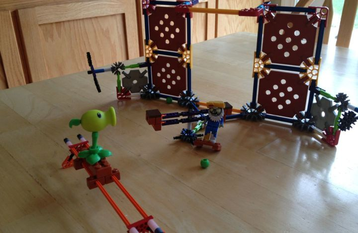 The Zombie Apocalypse Is Real With K'NEX Plants Vs. Zombies Building Sets