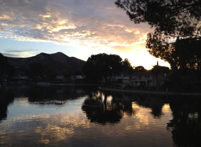 Lake Lindero in Agoura Hills, CA