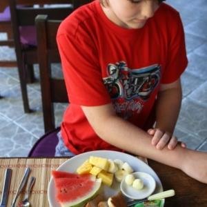 Costa Rica fresh fruit breakfast